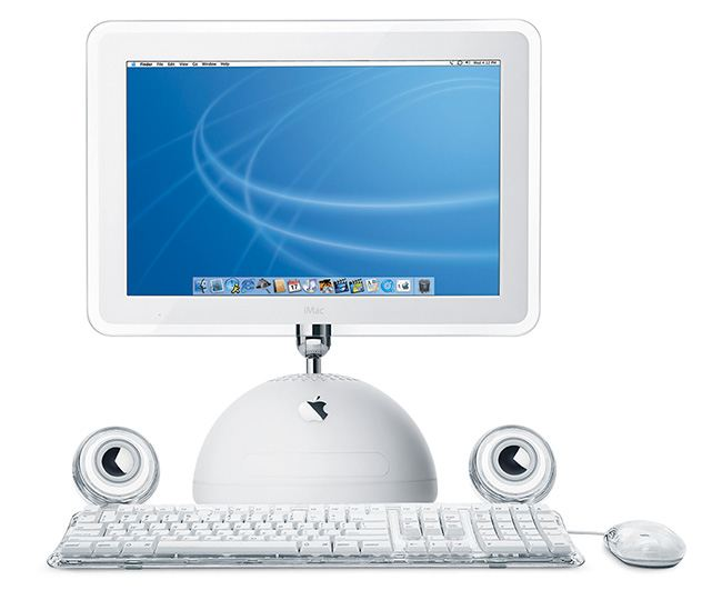 It was the iMac G4, whose design changed for a hemispherical base and a LCD monitor, installed on a freely moving arm.