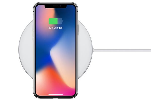iphone x wireless charging - 5 Awesome New Features of the Surprise iPhone X