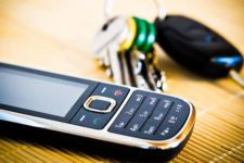 Phones without OS: On the Safe Side with Old-Timers