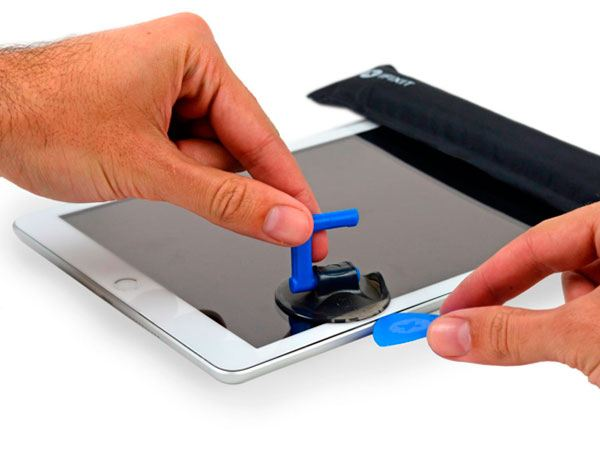 Planned Obsolescence: iPad Screen Replacement